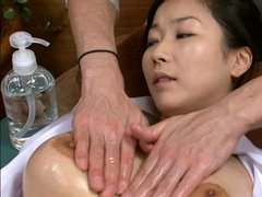 Oil Massage Horny Wife (Censored)