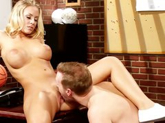 Blonde Nicole Aniston and her balls