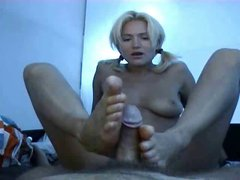 Amateur blondie footjob