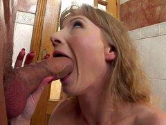 Teen babe Soni was having her day off and had