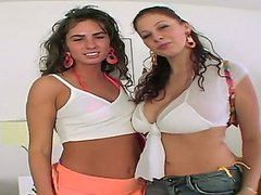 Gianna Michaels and Naomi fuck a