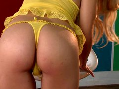 Amazing blonde Chrissy Marie with stunning firm ass poses in