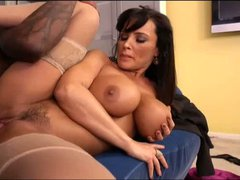 Hot cougar Lisa Ann with huge amazing tits has unforgettable
