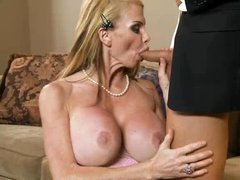 Middle aged blonde Taylor Wane with massive fake boobs lures