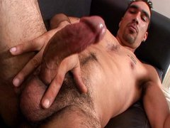 Horny dude jerks nude for the fans