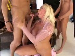 Nikki Hunter - Bangin It Out