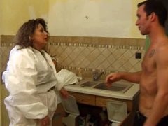 French BBW fucks the plumber