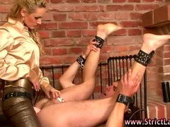 Fetish loving dominatrix slut fists pathetic loser